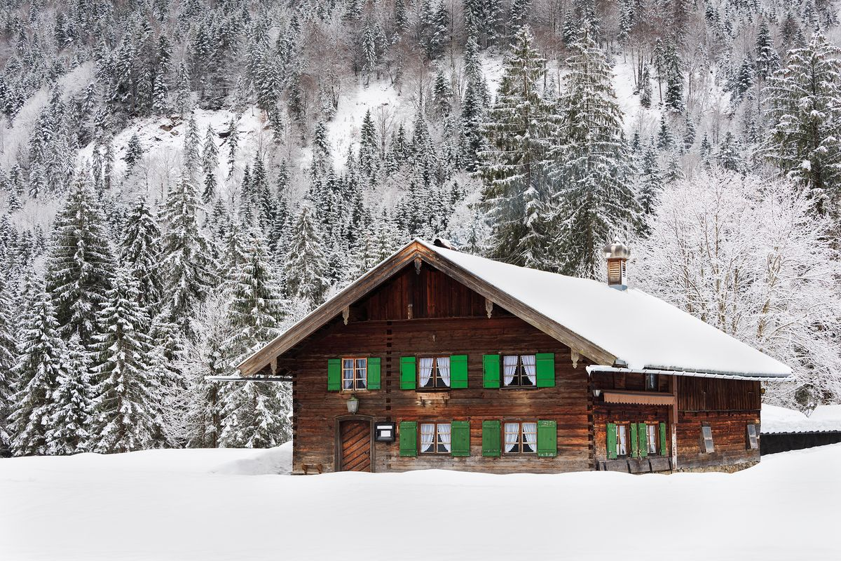 Why is Winter a Practical Time to Construct your Home?
